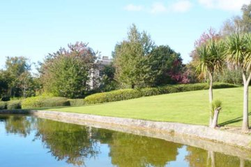 Pictures of the Gardens at Pennard House in Somerset